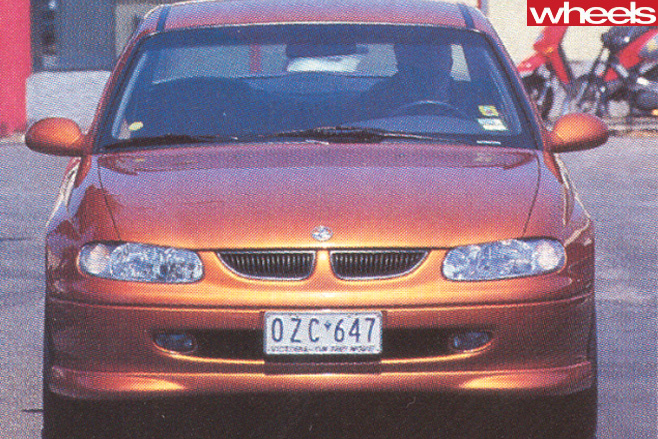 Holden -VT-Commodore -front