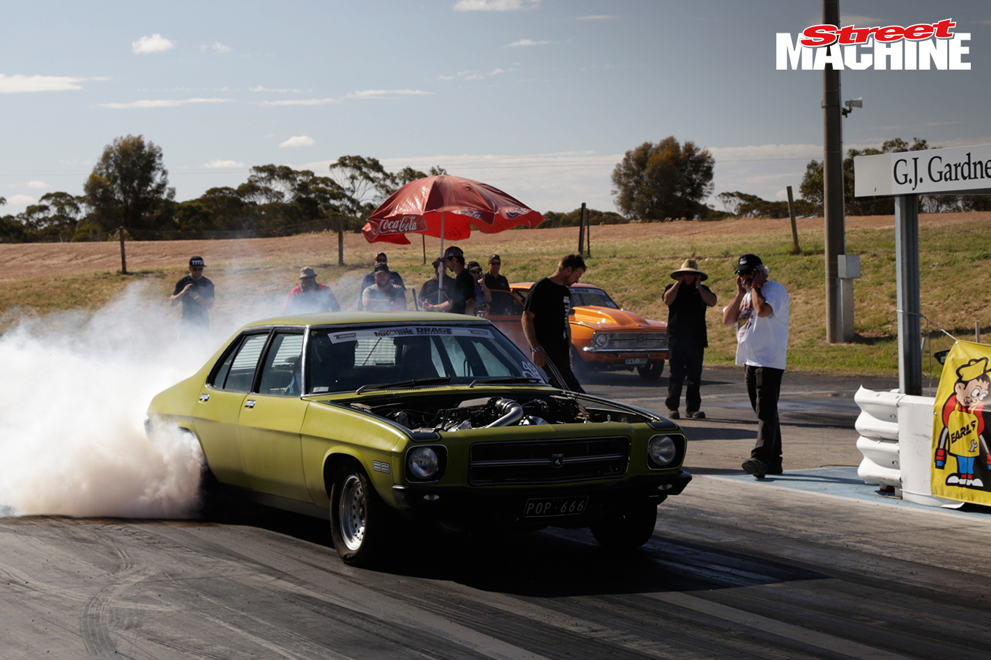 HARRY HAIG HQ HOLDEN DRAG CHALLENGE