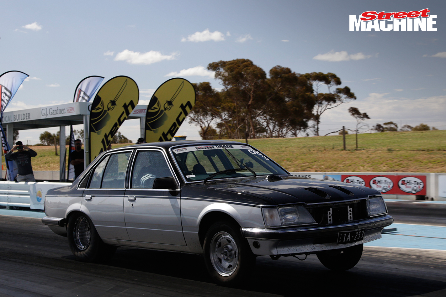 TWIN TURBO HOLDEN COMMDORE DRAG CHALLENGE