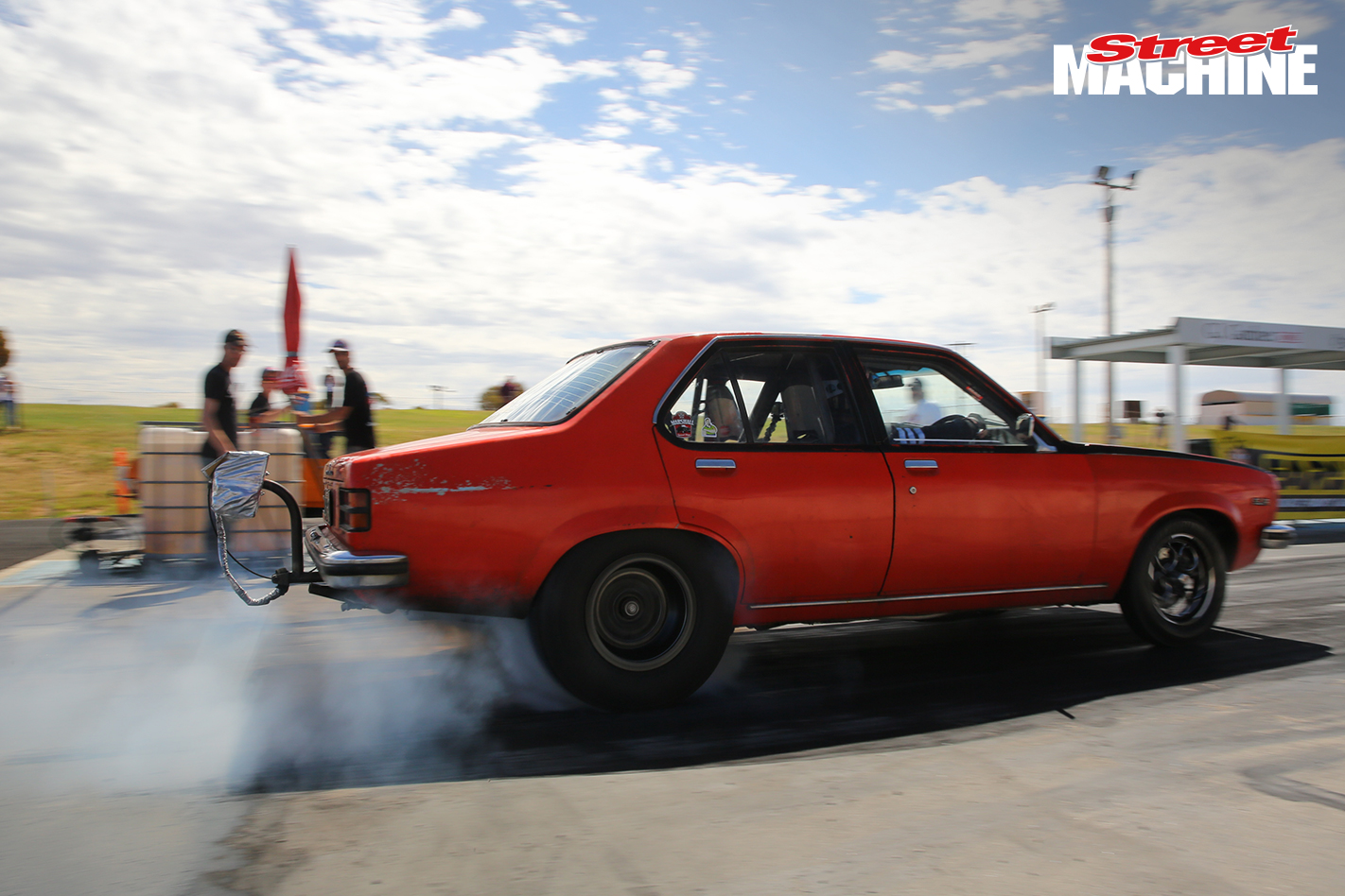 Twin Turbo Torana Drag Challenge