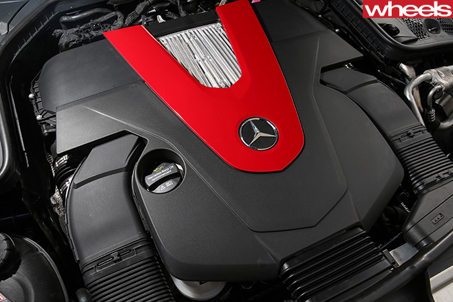 Mercedes -AMG-C43-engine