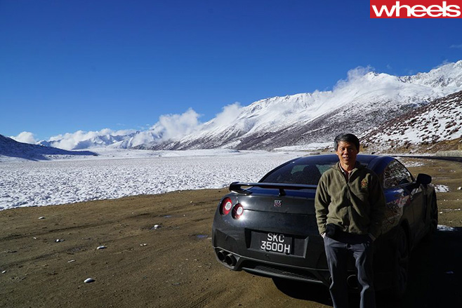Nissan -GT-R-driving -through -mountains