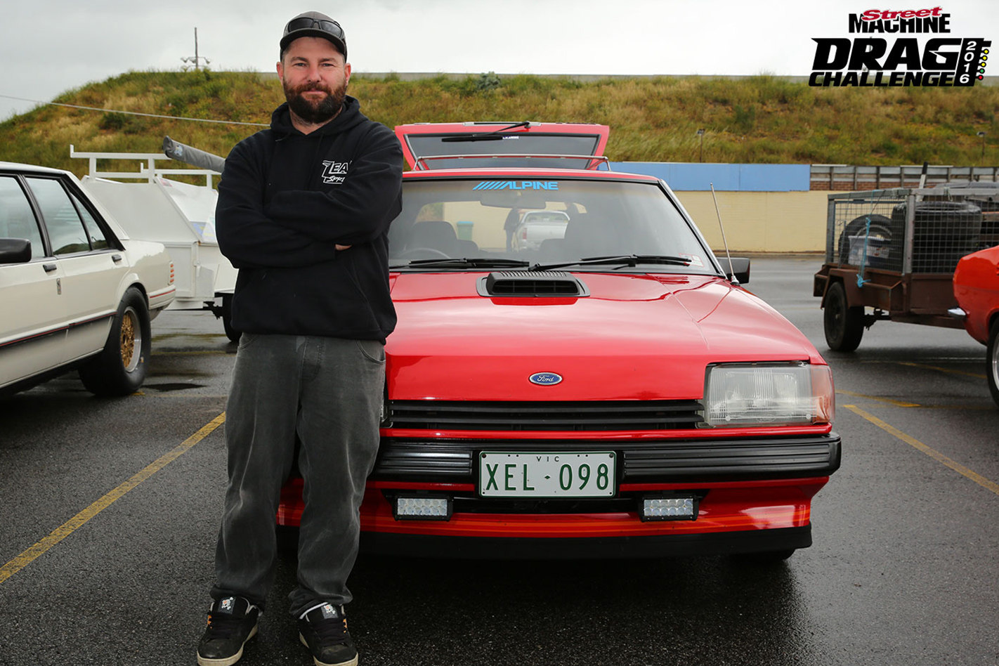 L98-XE-FORD-FALCON-SLEEPER-owner
