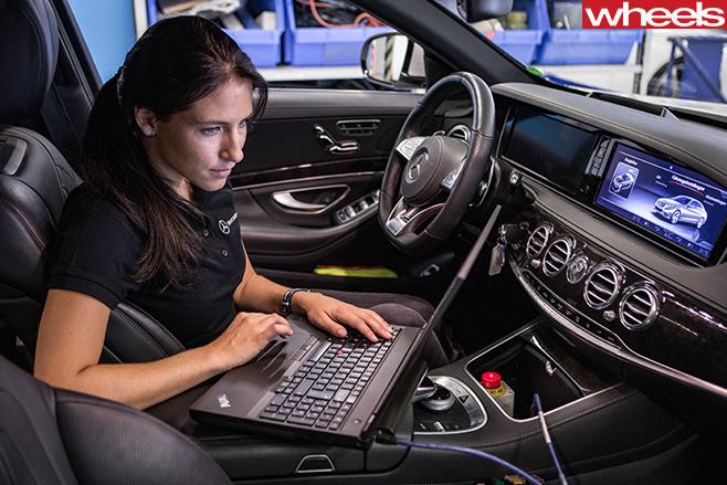 Mercedes -Benz -computer -diagnostics -and -tuning