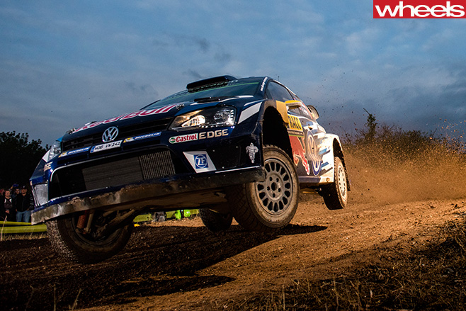 Volkswagen -Polo -WRC-driving -front