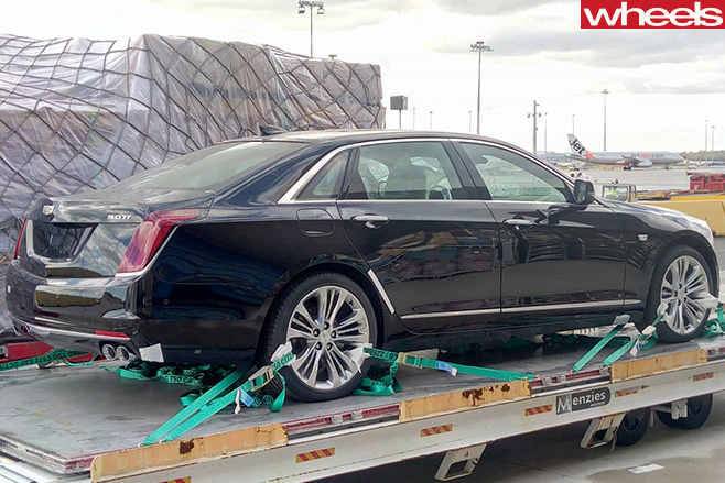 Cadillac -CT6-rear -side -driving