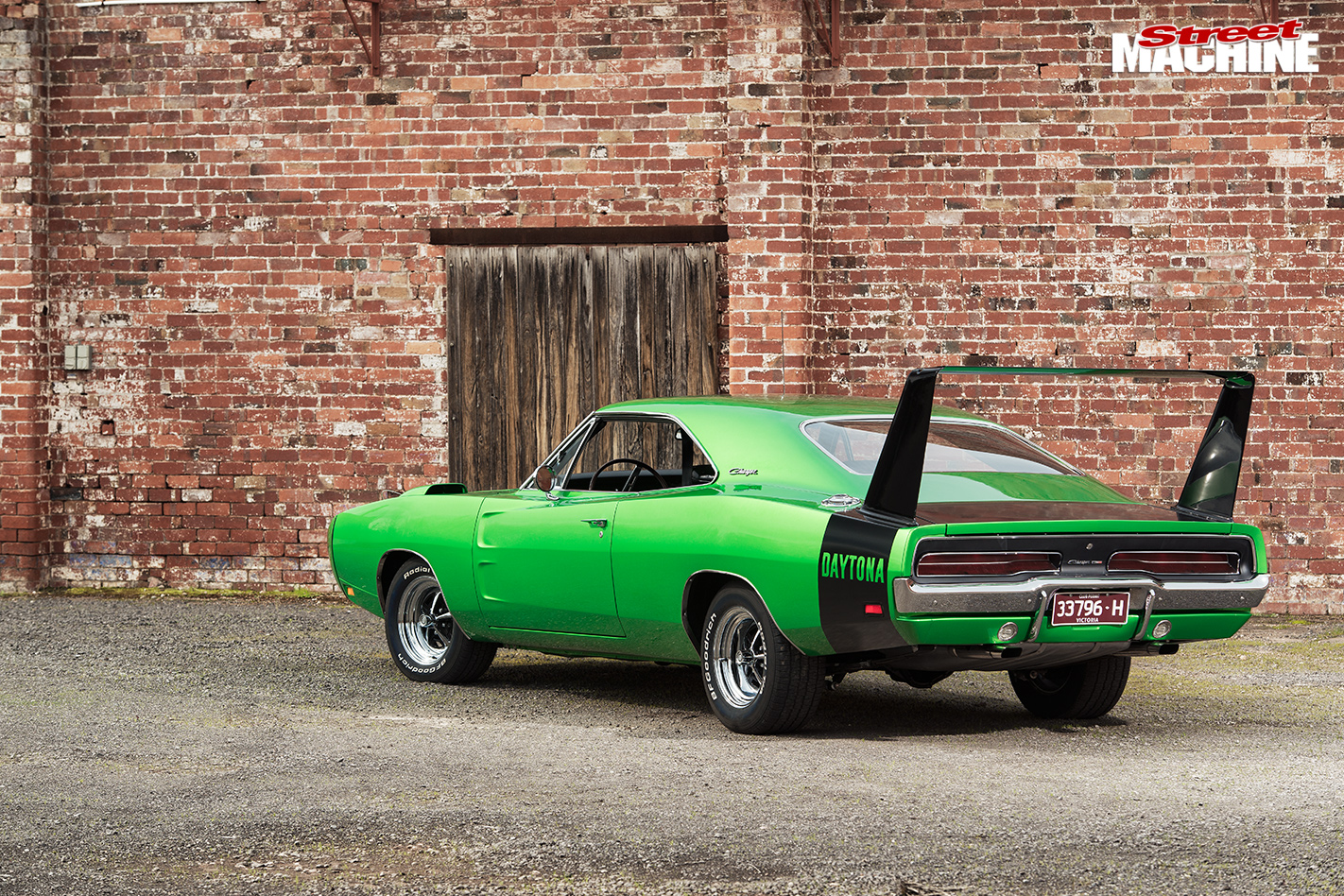 1969-DODGE-CHARGER-DAYTONA-rear