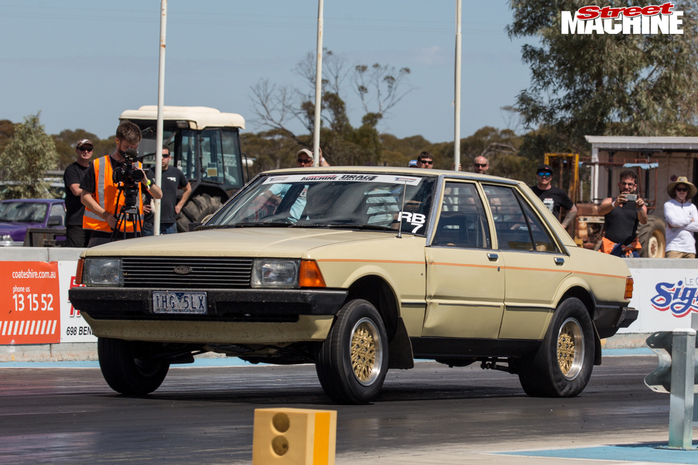 Ford -xd -falcon -drag -challenge -strip -3