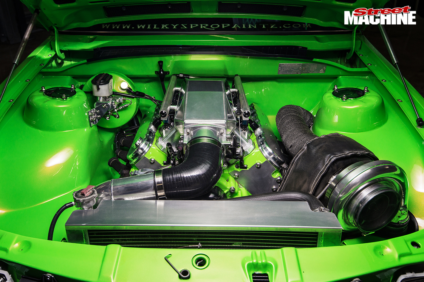 202-POWERED-1983-HOLDEN-VH-COMMODORE-engine