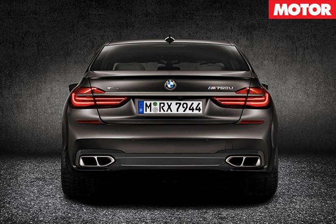 BMW M760Li xDrive boot