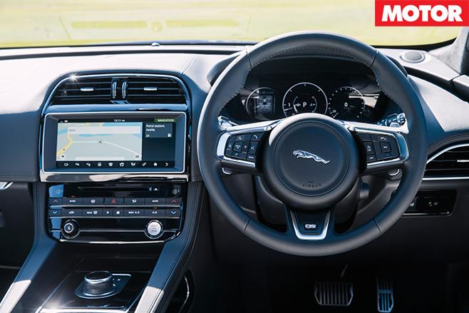 2016 Jaguar F-Pace S 35t interior
