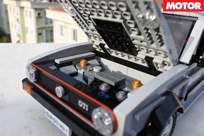 Lego VW Golf GT engine