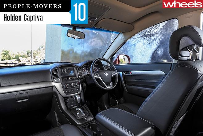 2016-Holden -Captiva -interior