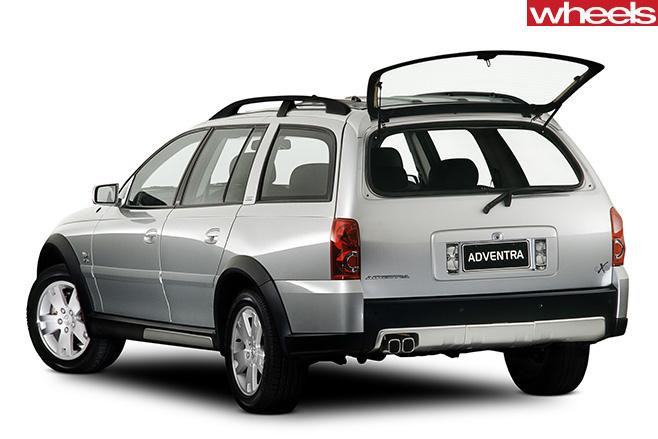 Holden -Adventra -rear -side