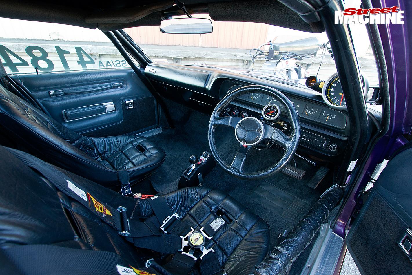 8-SECOND-BLOWN-1973-CHRYSLER-VJ-VALIANT-UTE-interior