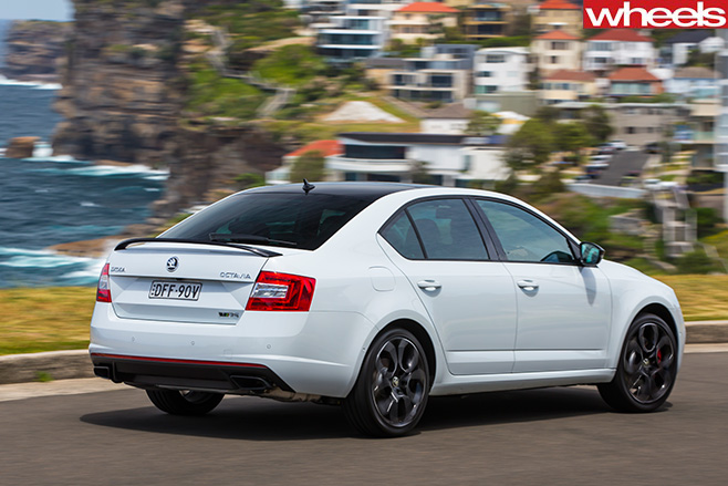 Skoda -Octavia -RS230-driving -rear