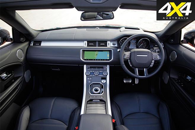 2017-Range -Rover -Evoque -Convertible -dash