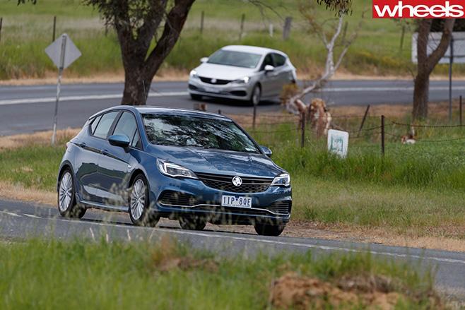 2017-Holden -Astra -corner