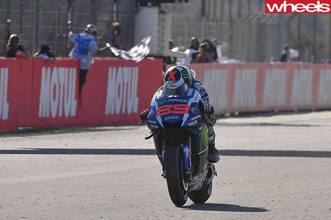 Jorge -Lorenzo -riding -Moto GP
