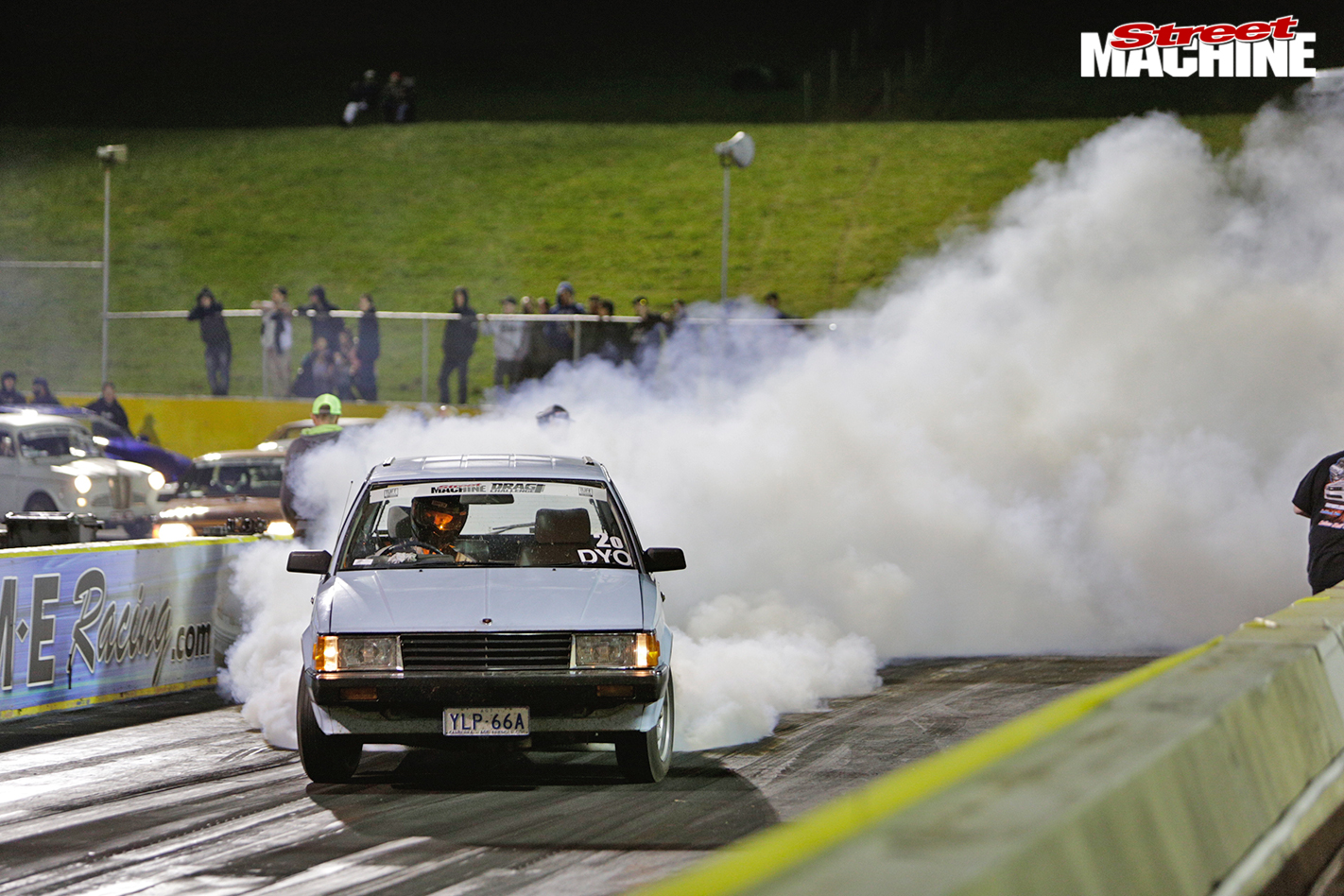 Toyota -corona -drag -3