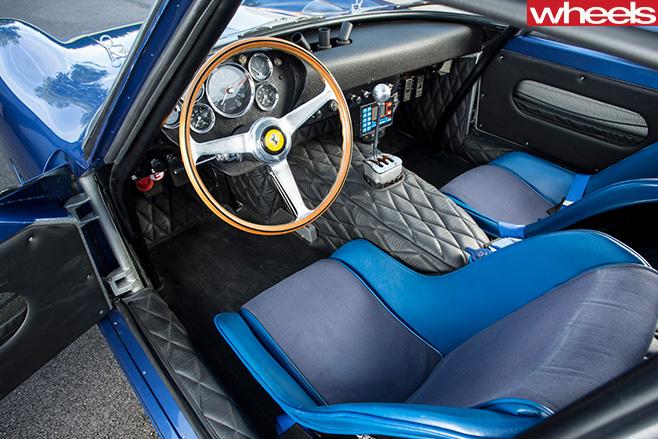 1962-Ferrari -250-GTO-interior