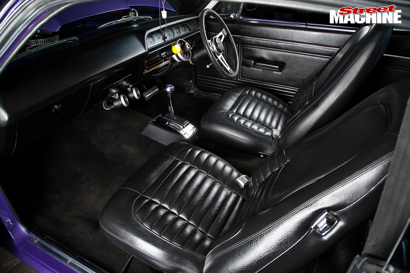 Chrysler -valiant -interior