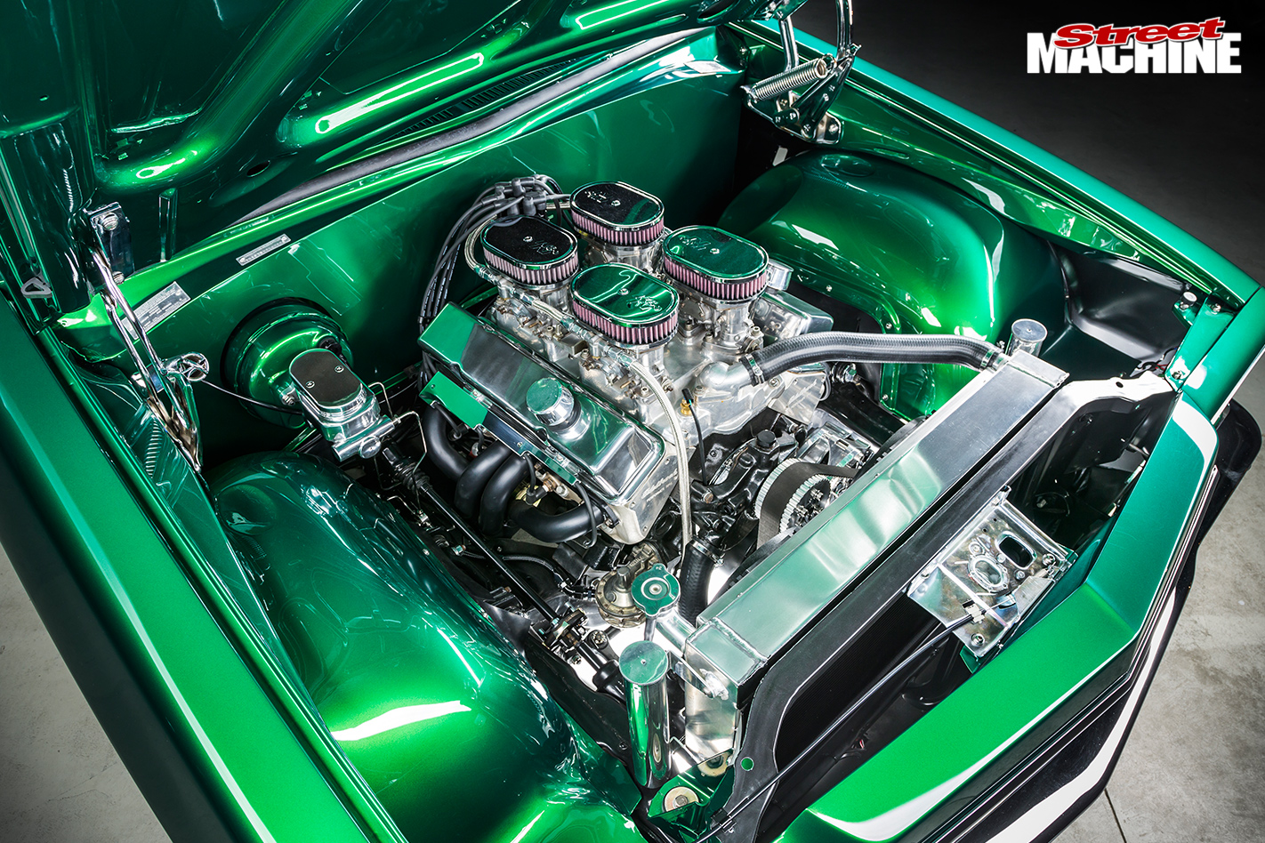 350-CUBE-1974-HOLDEN-HQ-UTE-engine -close