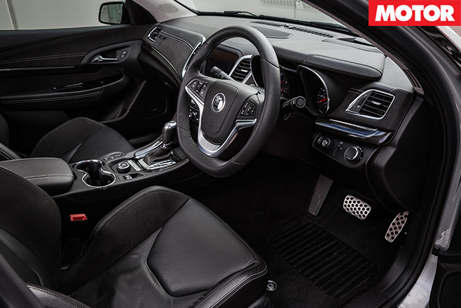 2016 HSV Senator Signature interior