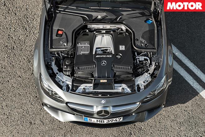 Mercedes -AMG-E63S-engine