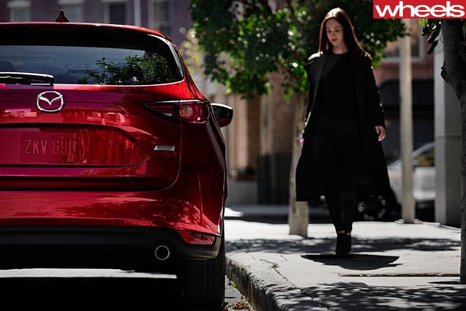 2017-Mazda -CX-5-rear