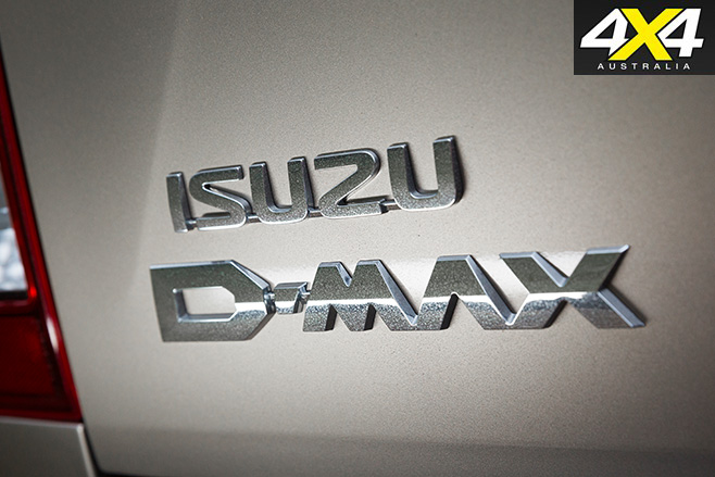 Isuzu d-max badge