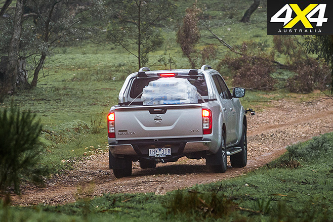 Nissan -Navara -NP300-rear -driving