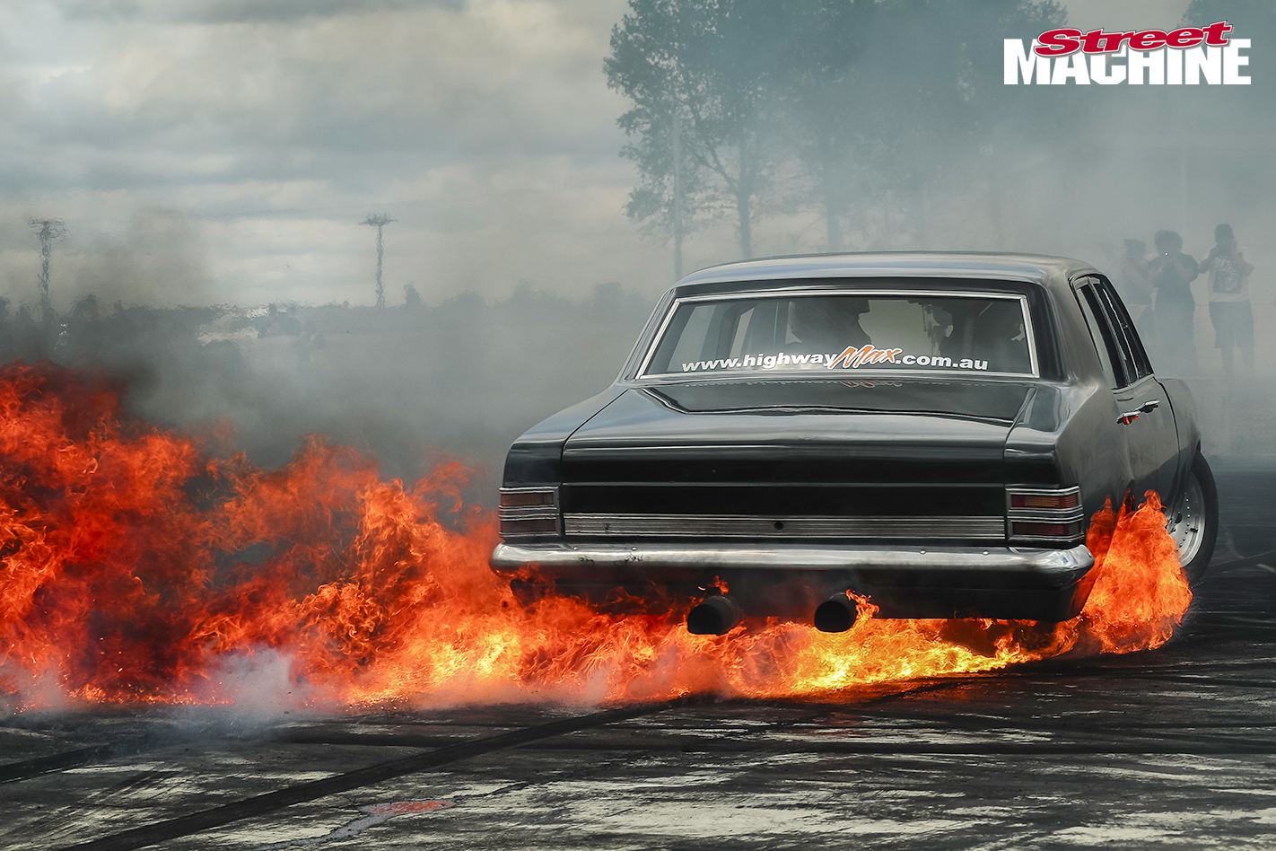 7_Steve Loader Holden HT Premier Burnout For Web