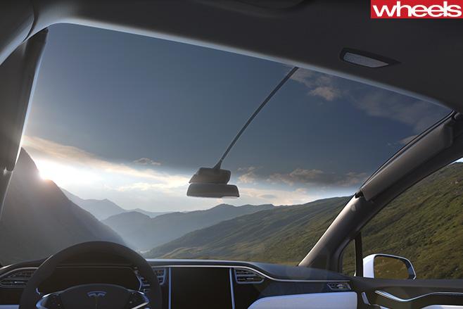 Tesla -Model -X-Windscreen