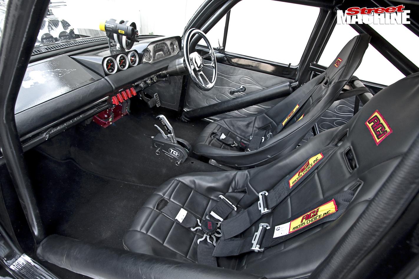Holden -eh -agro 64-inside -front