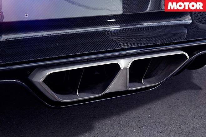 Bugatti Chiron exhaust