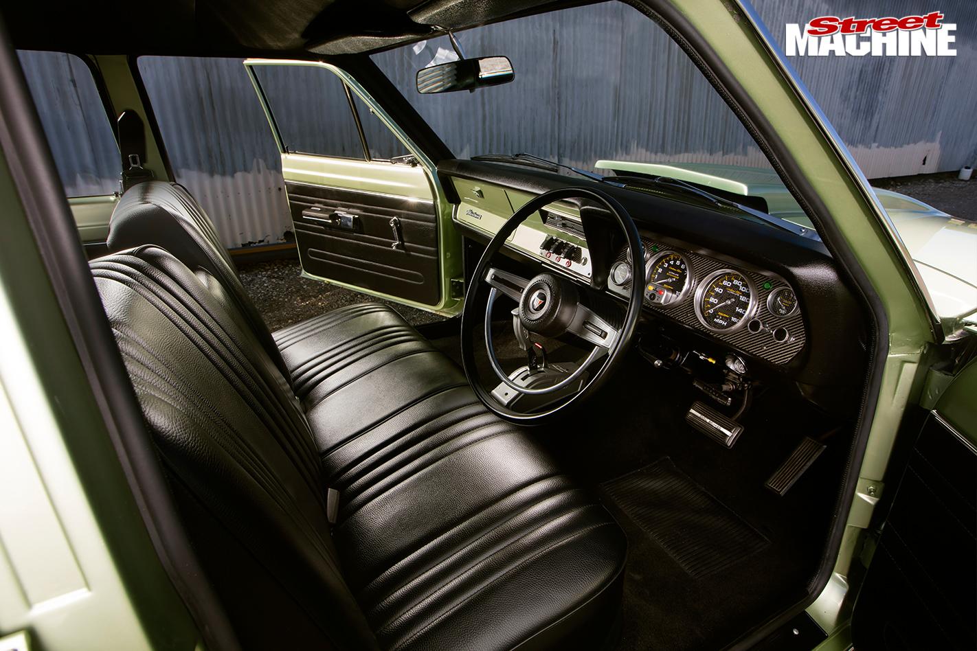 Chrysler -valiant -wagon -interior -front