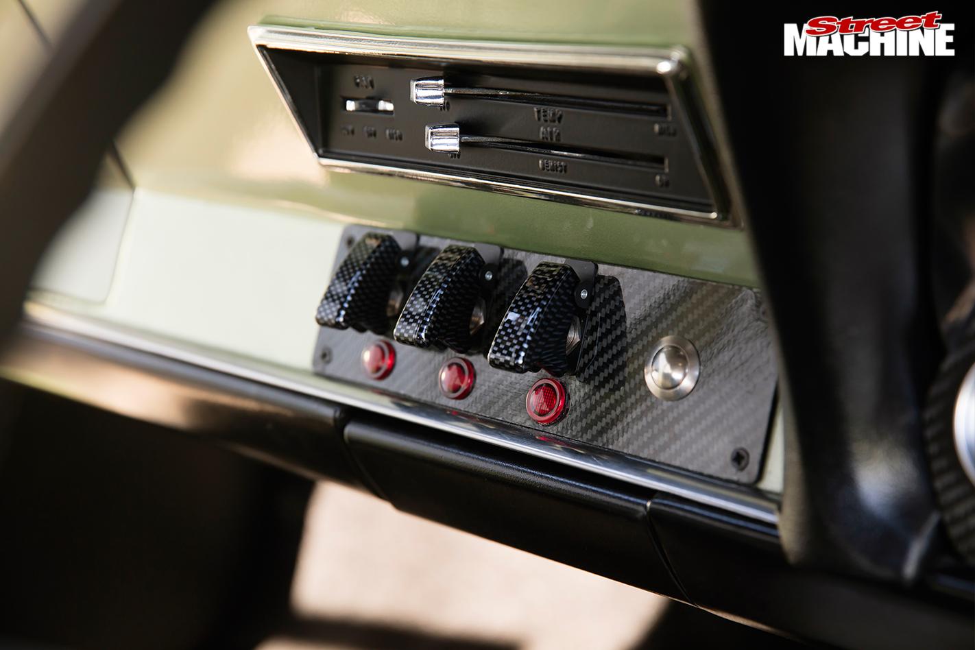 Chrysler -valiant -wagon -dash -buttons