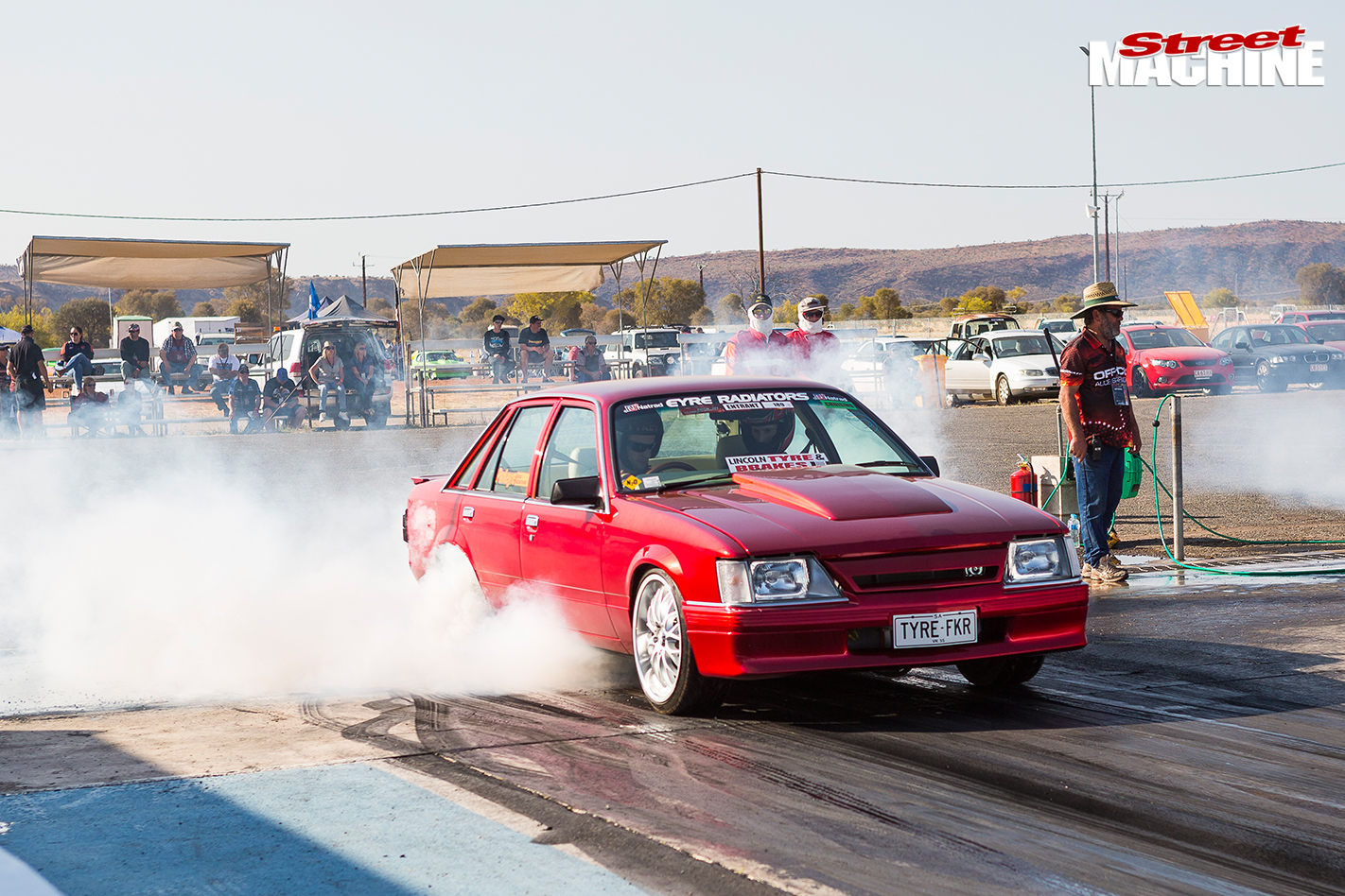 Holden -vk -commodore -drag