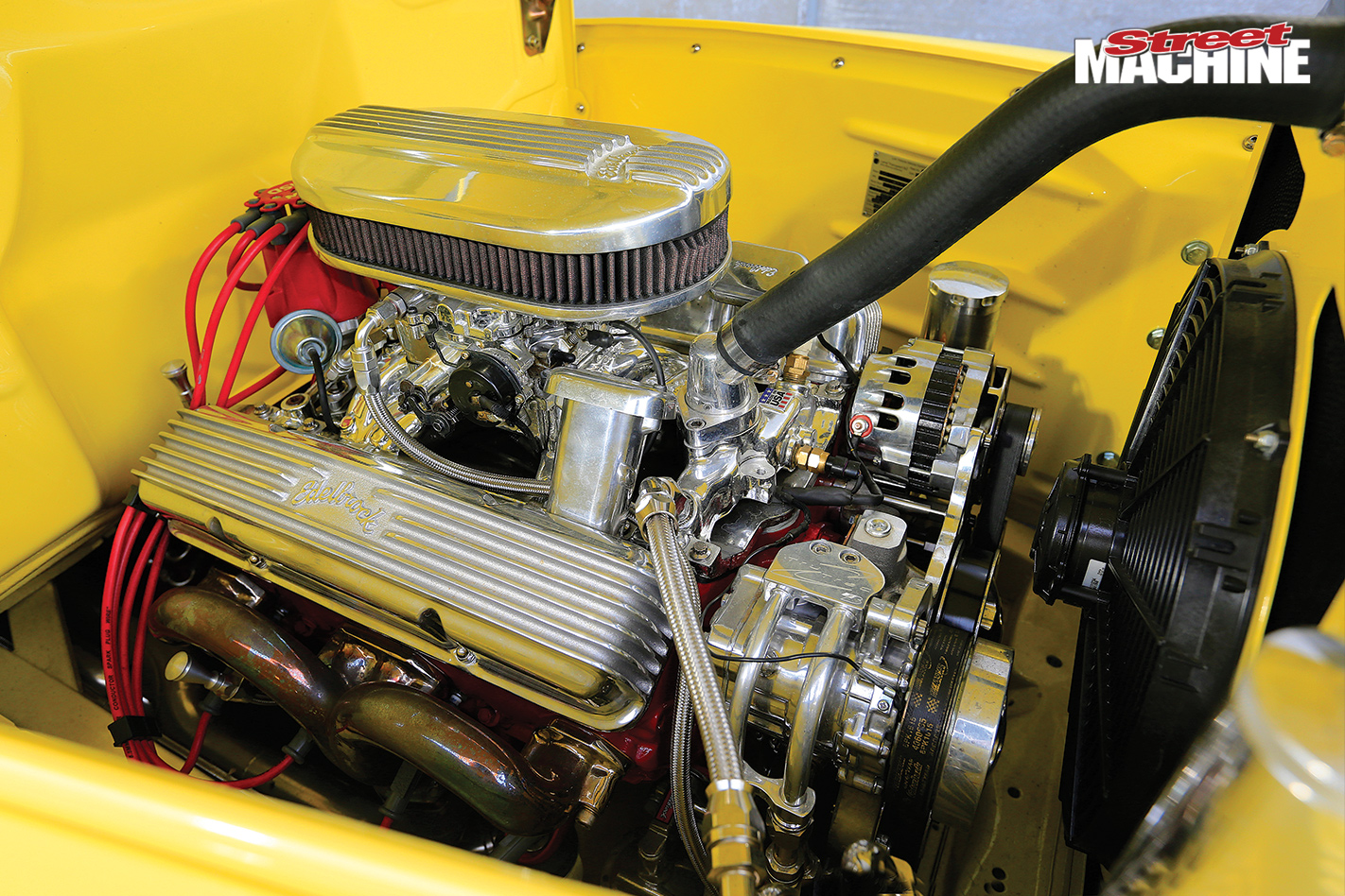 Ford -f 100-engine -bay