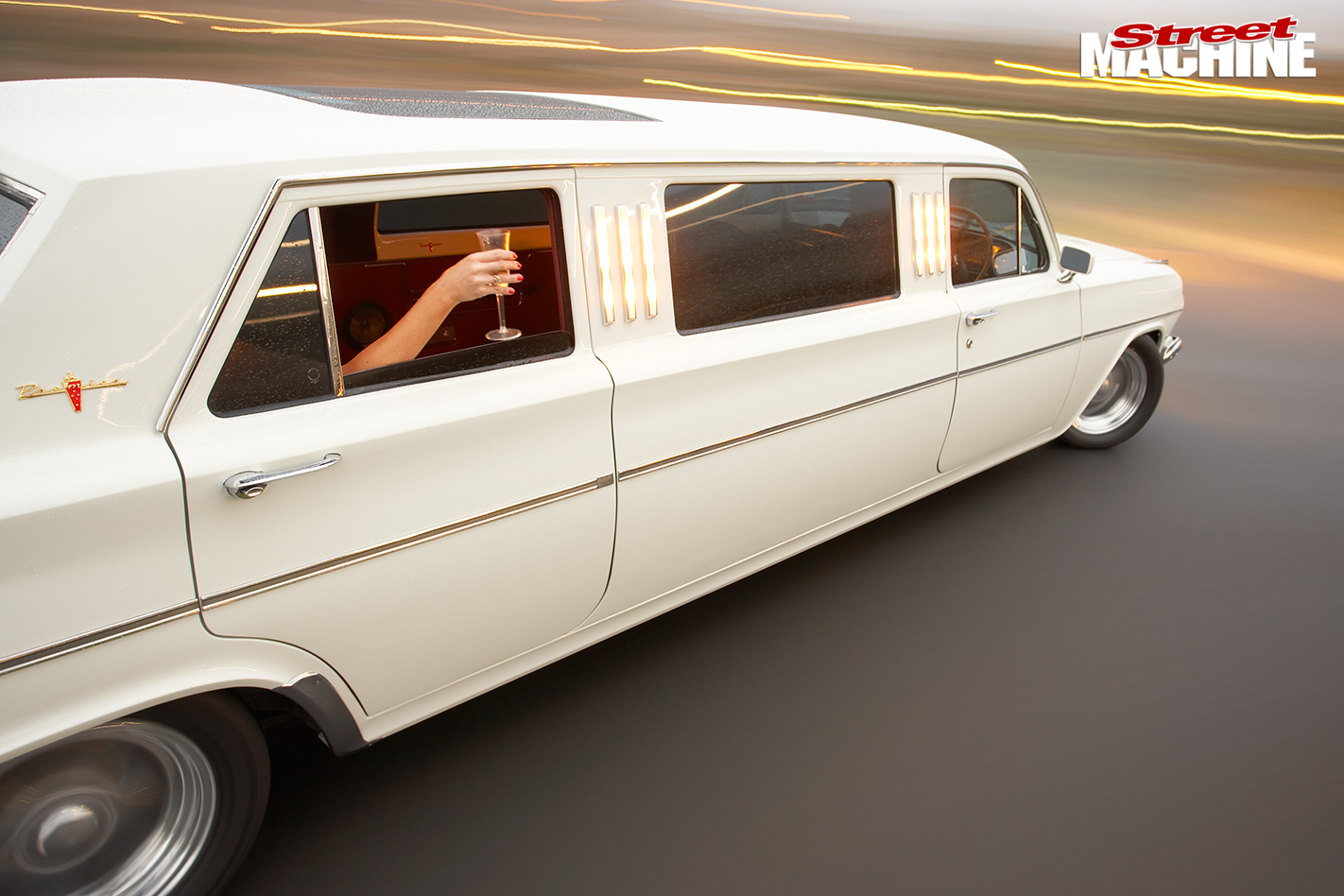 Eh -holden -stretch -limo