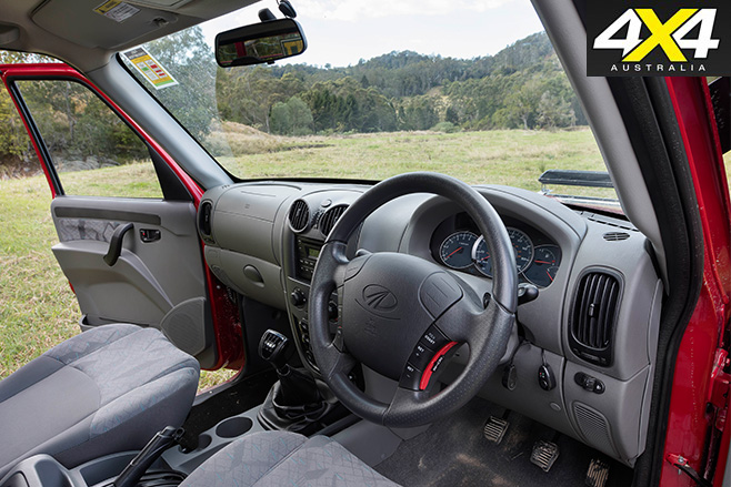 Mahindra pik-up interior