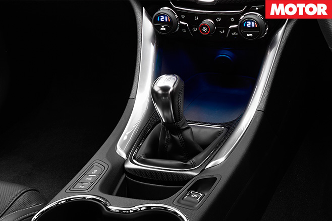 Holden Commodore SV6 interior