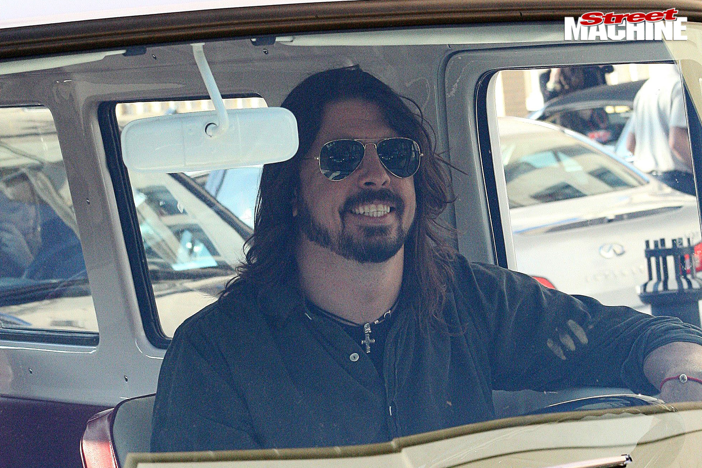 Dave -grohl -van -2