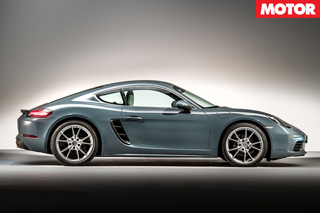 Porsche Cayman S side