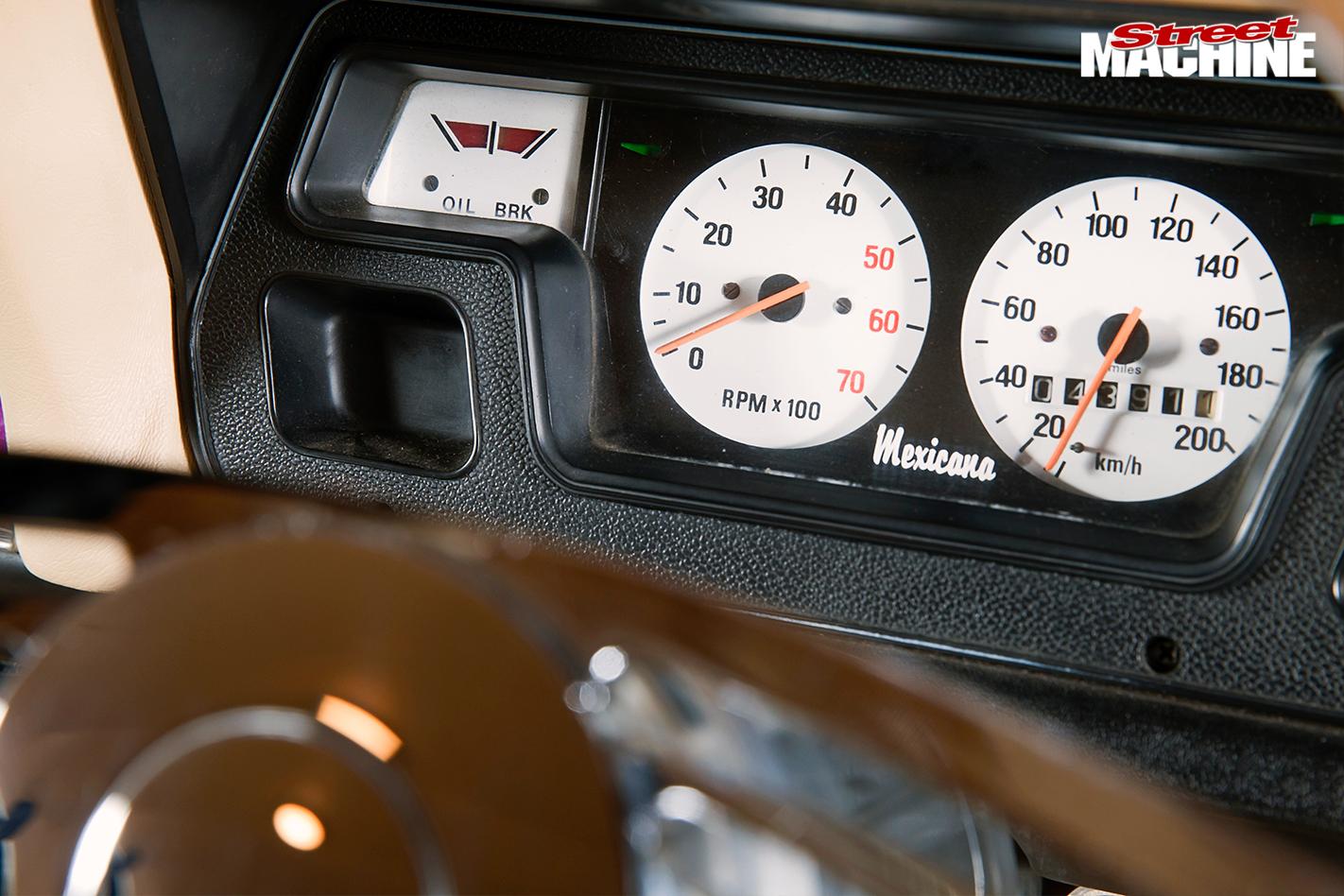 Chrysler -valiant -gauges