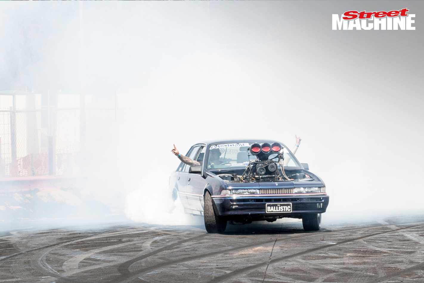 Holden VL Blown Burnout 5712
