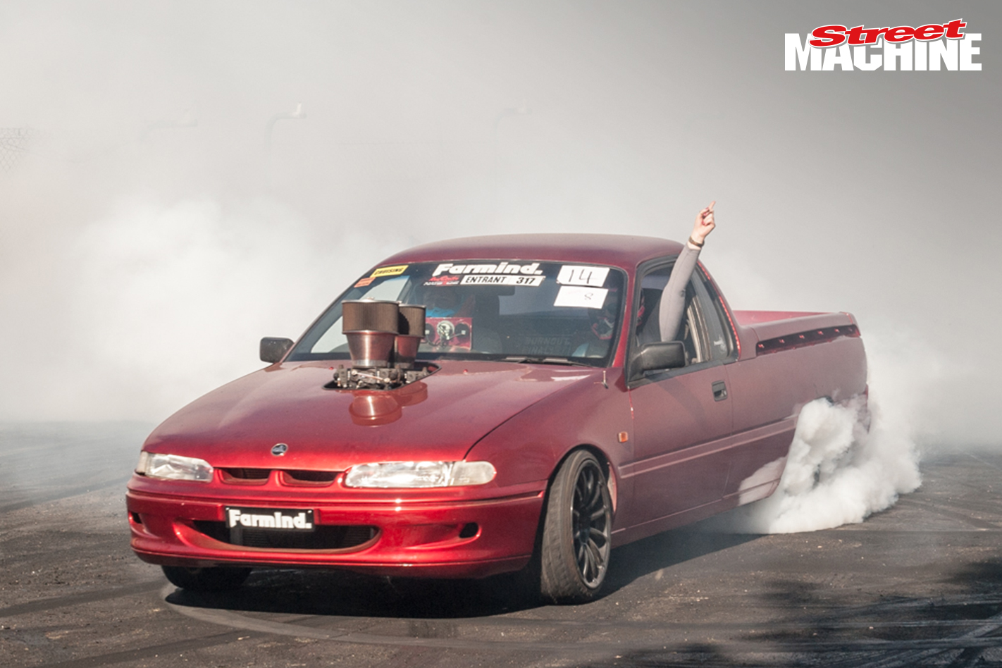 Holden VS Ute Burnout 5777