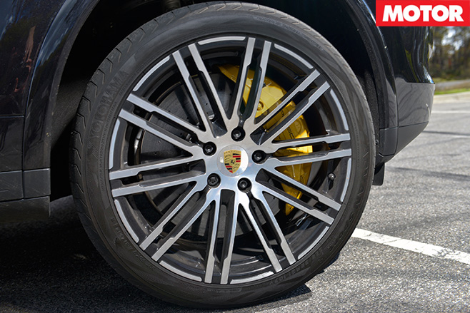 2016 Porsche Cayenne Turbo S wheel