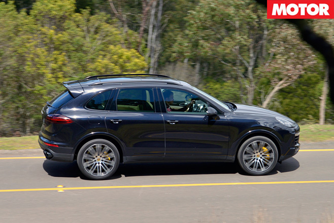 2016 Porsche Cayenne Turbo S side